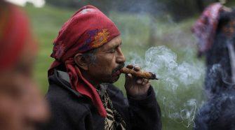 Bár a dohányzás a világ számos részén egyre kevésbé népszerű, a dohányzók száma világszinten növekszik.