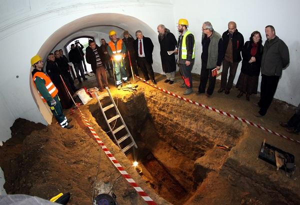Ma újratemetik a Zalaegerszeg andráshidai városrészében álló templom kegyhelyét építtető kegyúr földi maradványait.