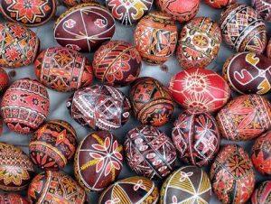 Mintás tojások