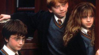 a Harry Pottert olvasó gyerekek