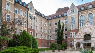 Augusztus 22. és 27. között Pécsen rendezik meg a VIII. Nemzetközi Hungarológiai Kongresszust, amelynek fő témája a kultúra- és tudományköziség, a magyarságtudomány a 21. században.