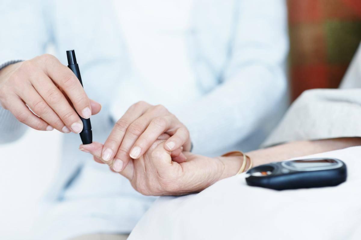 Mi vezet az 1-es típusú cukorbetegség kialakulásához?