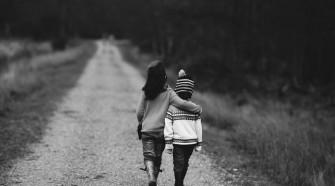 Az életünk legfontosabb kapcsolatainak egyike a barátság.