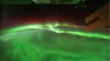 Különösen intenzív sarki fények az Uránuszon