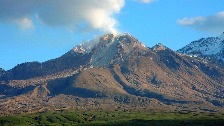 A Sivelucs vulkán újra aktív Kamcsatkán