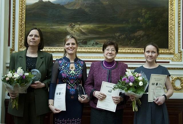 Az idei díjazottak balról jobbra:Gazdag-Tóth Boglárka,Halász Júlia, Barnabás Beáta,Stenger-Kovács CsillaFotó: mta.hu / Szigeti Tamás