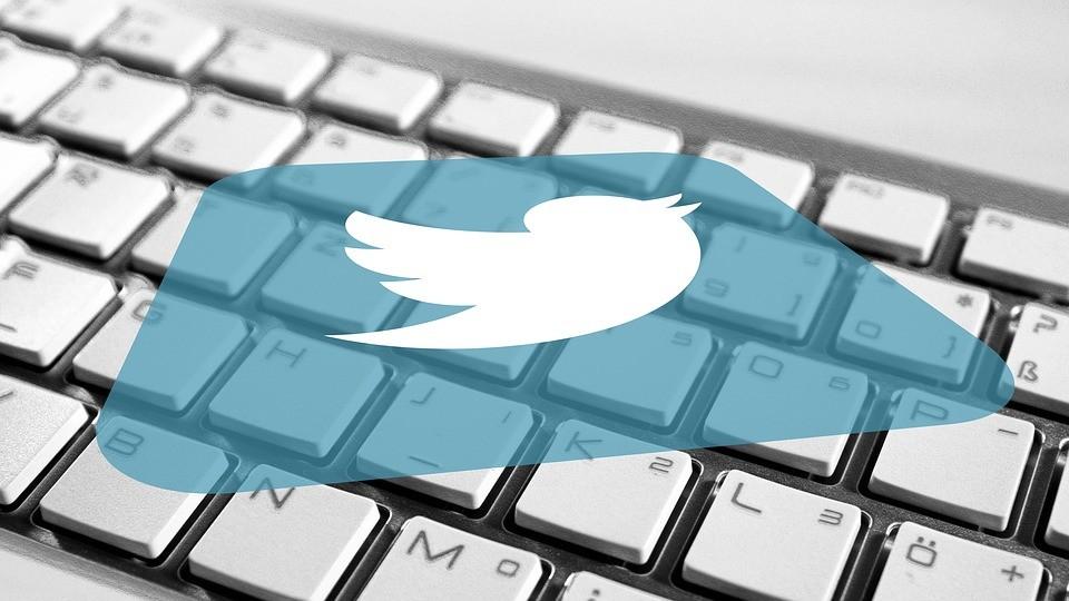 A Twitteren a hamis hírek gyorsabban terjednek