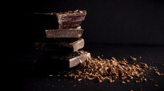 Az étcsokoládé fogyasztása csökkenti a stresszt és a gyulladást