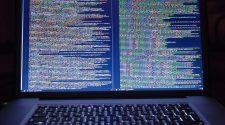 Plágiumkereső szoftver ingyenesen