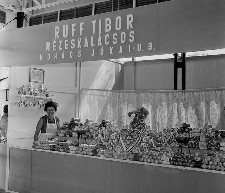 Mézeskalács 1967-ben