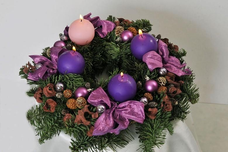 Az advent vagy más néven úrjövet a keresztény kultúrkör egyik kiemelkedő időszaka.