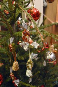 Karácsonyfa szaloncukorral, az igazi hungarikum!
