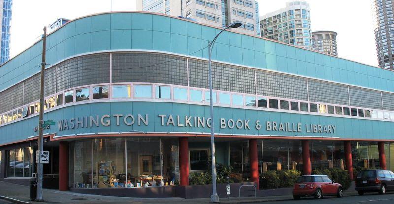 Könyvtár Seattle-ben. Forrás: hiveminer.com