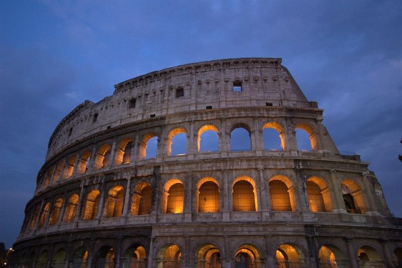 Római vakáció, magyar gyökerek
