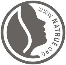 NaTrue szigorú kritériumokkal minősíti a kozmetikai termékeket. A minőségvédő szervezetet, európai érdekközösséget hoztak létre saját kritériumrendszerrel és logóval 2008-ban NaTrue néven Brüsszelben a vezető európai natúr- és biokozmetikumot gyártó cégek.