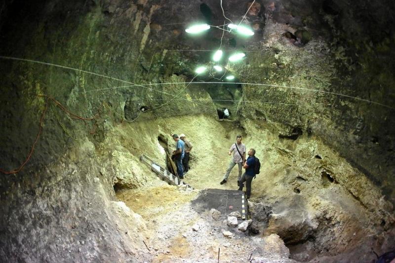 Több száz neandervölgyi pattintott kőszerszámot találtak