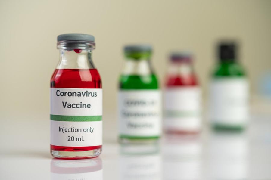 SARS-CoV-2 gyógyszerek és vakcinák