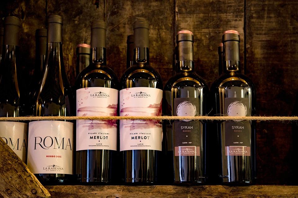 A fogyasztók számára a borospalackok attraktív megjelenése közel olyan jelentőségű, mint a bor minősége.
