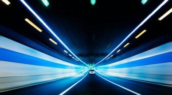 Autonóm járművek tesztelését kezdi meg egy osztrák-magyar projekt. Első lépése a digitális tesztkörnyezet.