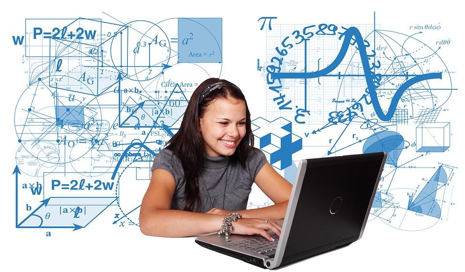 Lóczi Lajos docens a Wolfram Research minősített oktatója