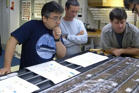 100 millió éves mikrobát élesztettek fel