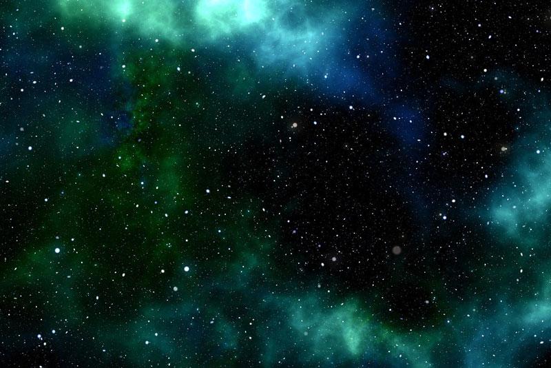 A Hubble új eredményi alapján: a sötétanyag kis mennyiségű koncentrációja a vártnál tízszer erősebb lencshatást okoz.