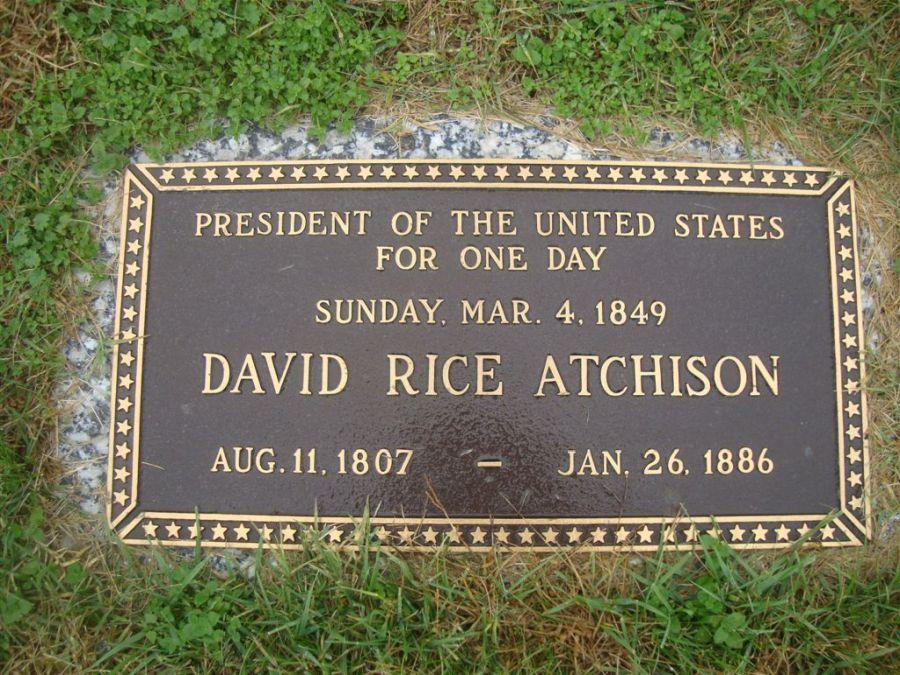 Atchison sírtáblája, pattersoni temető, Missouri. Forrás Now I Know
