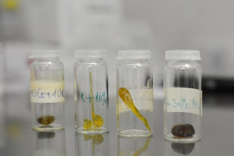 Tömbi üvegminták a különböző CeO2-tömegszázalékban adalékolt mátrixösszetételre